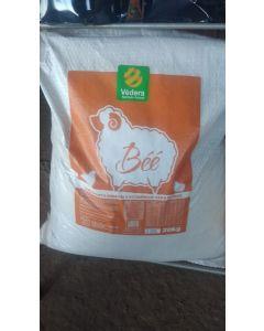 Nucleo Vitamínico Mineral Védera Béé para cordeiros 20kg
